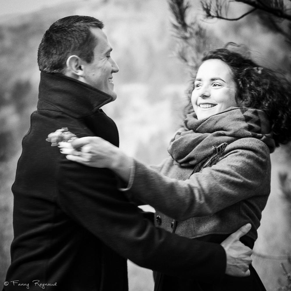 couple-exterieur-mariage-seance-preparatoire-2