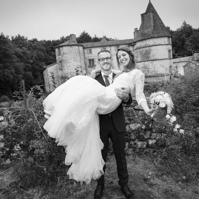 recommandation pour un bon photographe de mariage en auvergne, temoignage d'un couple s'etant maries au chateau des martinanches à saint-dier-dauvergne