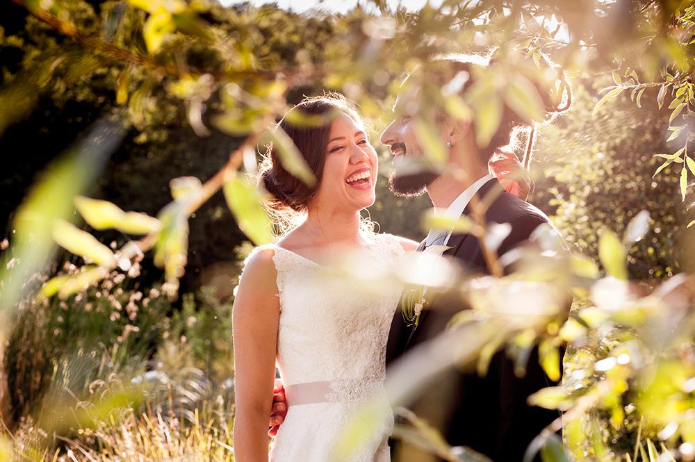 Photo de couple sur un mariage champêtre au château de miremont.