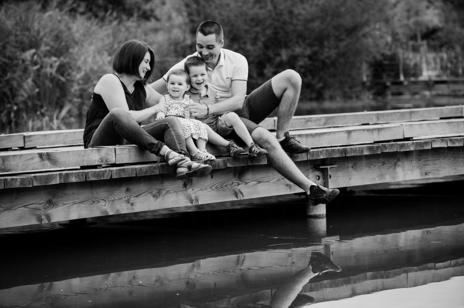 photo de famille au parc de cebazat par un photographe professionnel